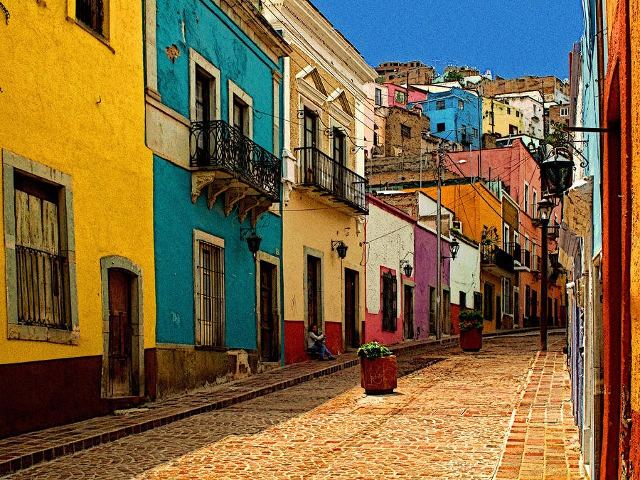 street-of-color-guanajuato-4-olden-mexico