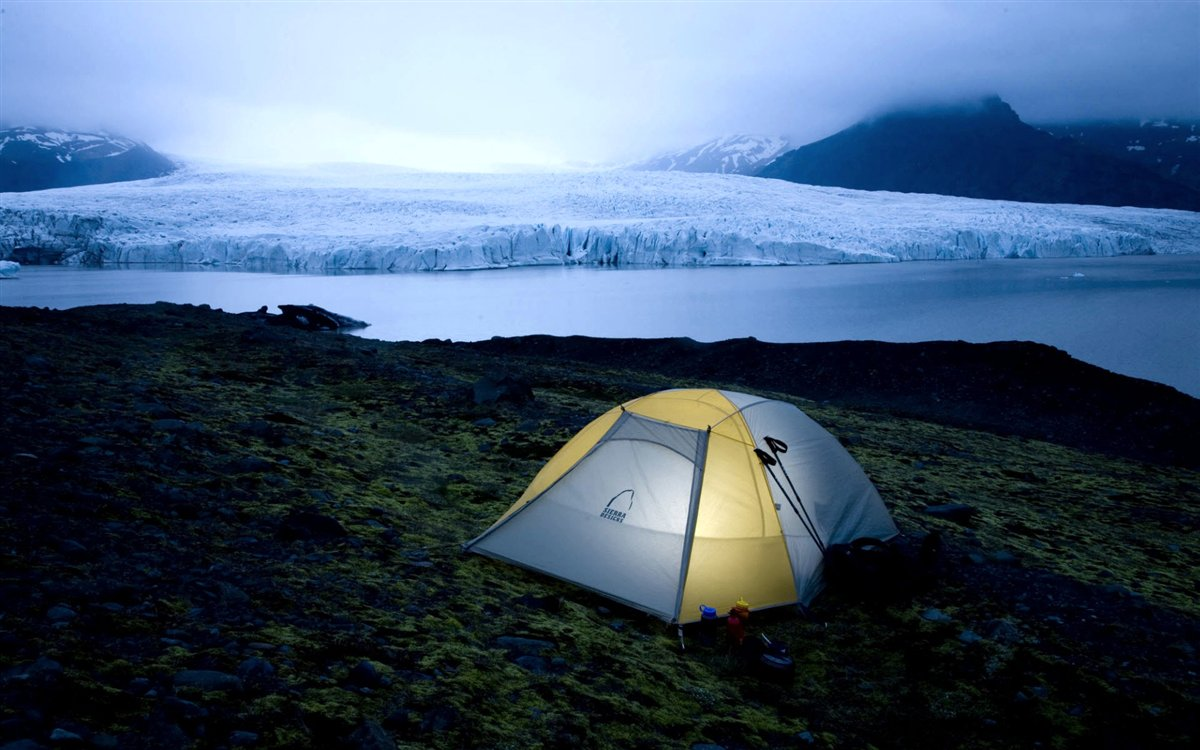 camping_in_iceland_national_park