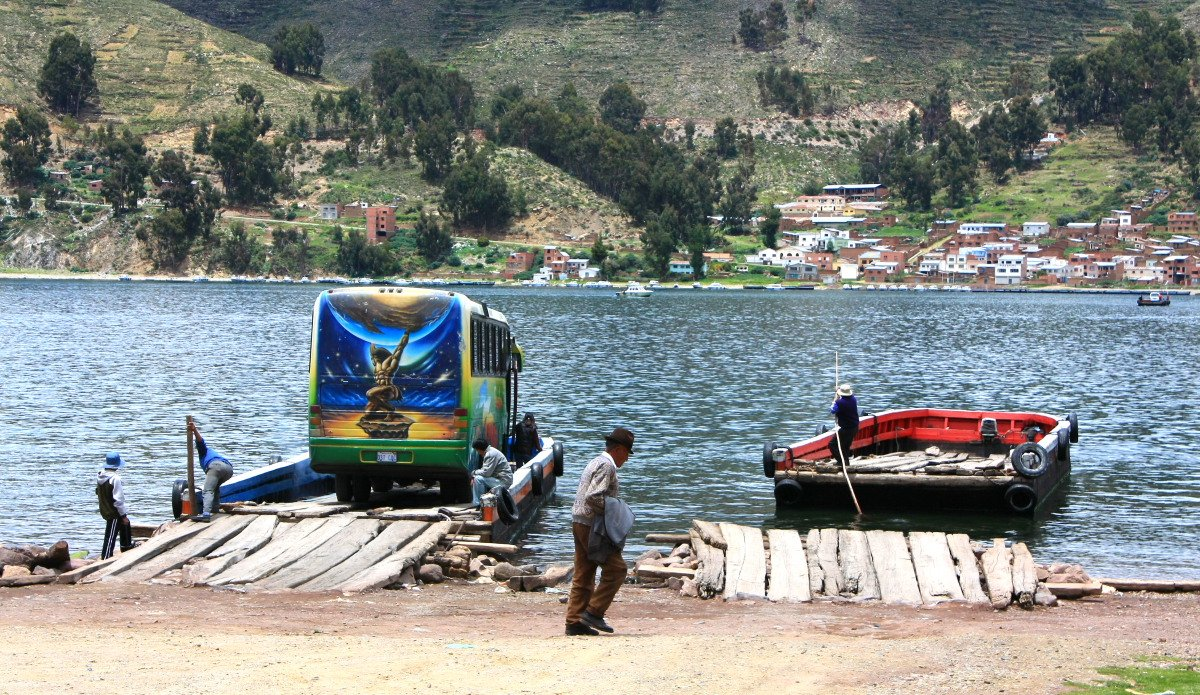 2009_02_04_3_Ferry_crossing_on_Lake_Titicaca_between_Copacabana_and_La_Paz_Bolivia_114