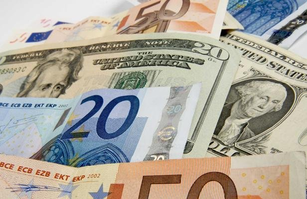 article_euro-dollar