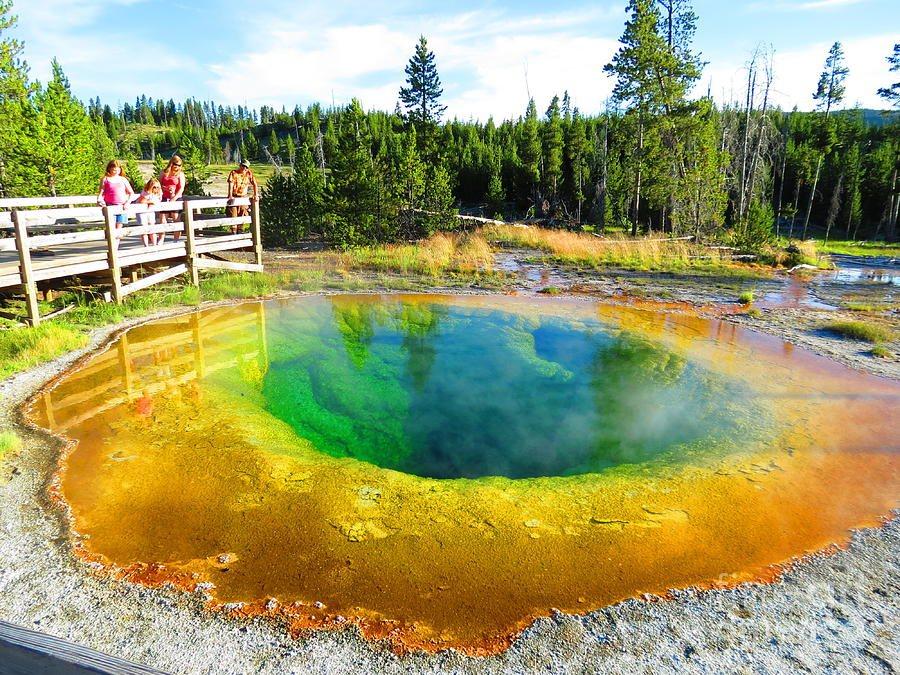 colorful-yellowstone-ausra-paulauskaite