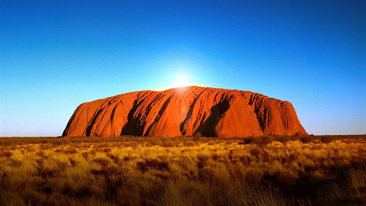 Top-Places-to-Visit-in-Australia-Uluru