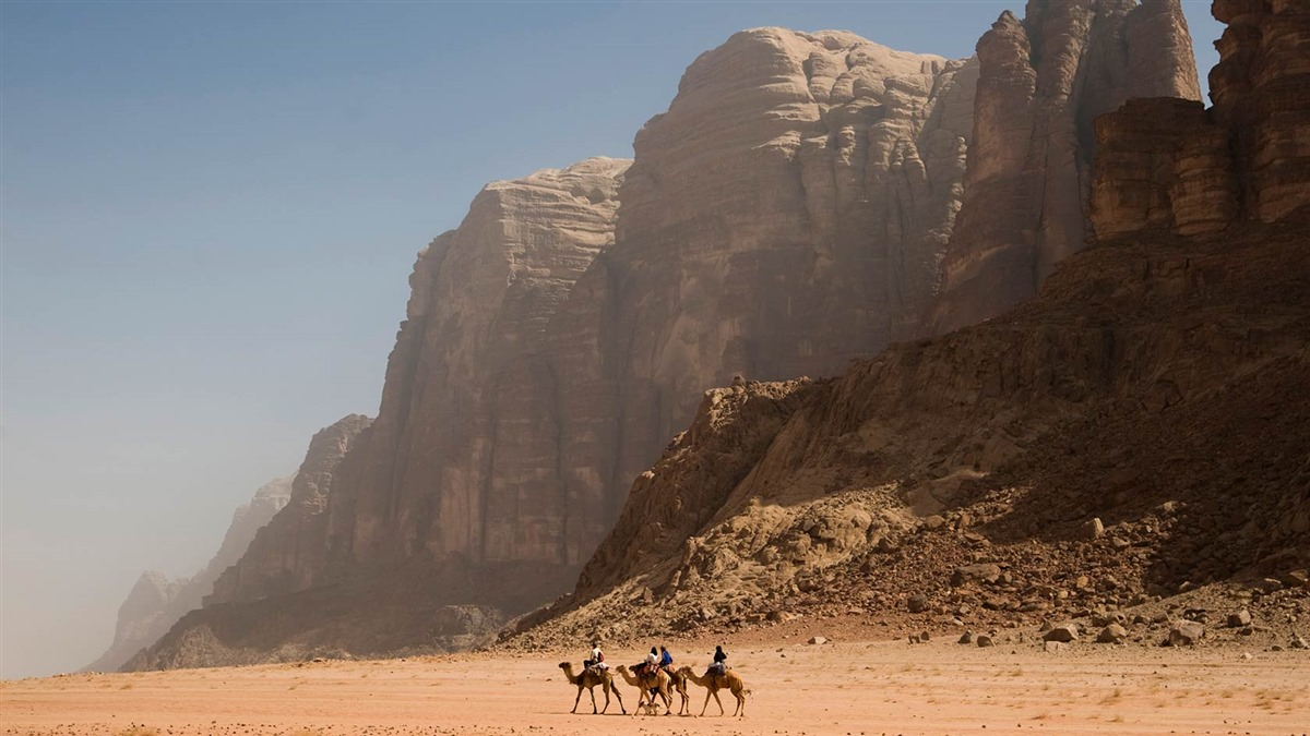 lets-travel-to-jordan-wadi-rum-desert-with-anthon-jackson-6