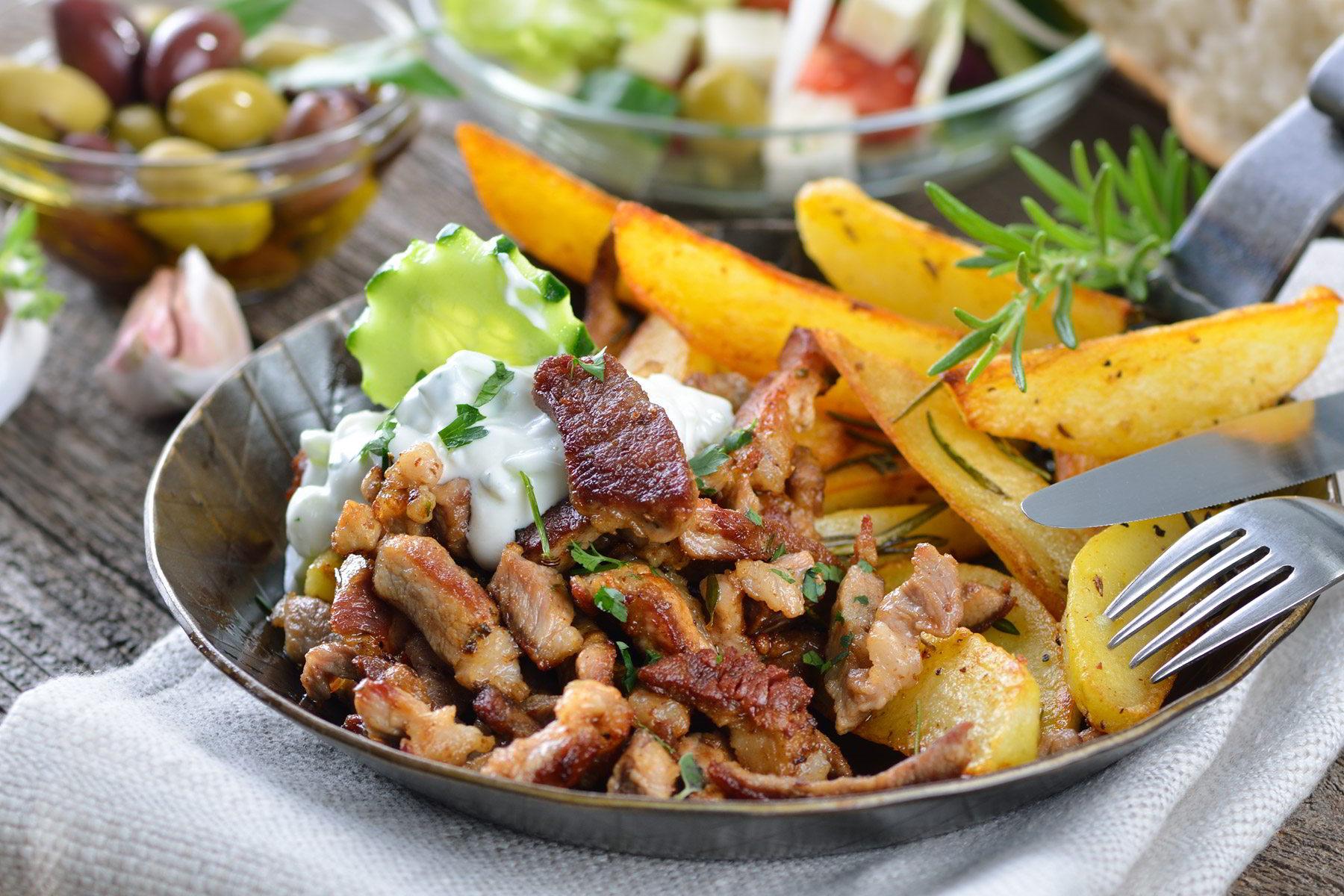 greek-pork-gyros-with-fried-potatoes-and-sauce