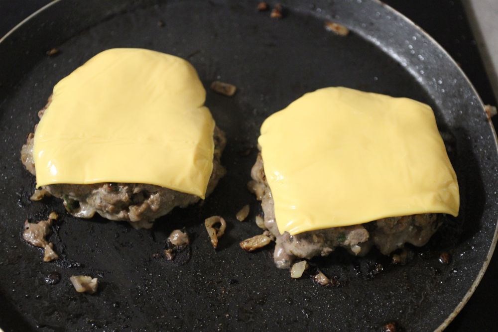 burger and cheese